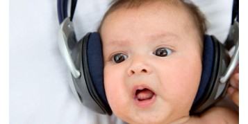 تاثیر موسیقی بر روی نوزادان